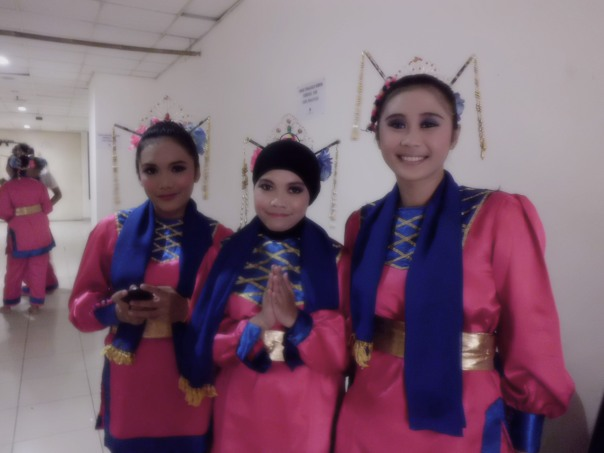 me and dancers 2