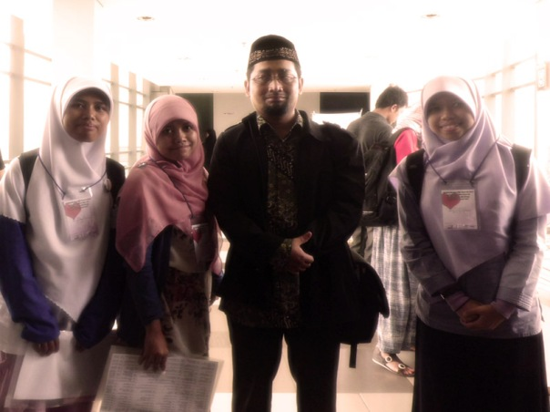 me, new friends, and Habiburrahman El Shirazy